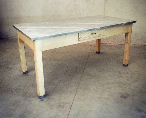 Tavolo marmo vintage tavoli interior design recupero for Piani in legno online