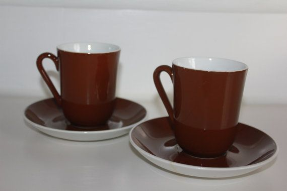 Set of two brown tea cups by Arabia Finland by FinnishTreasures