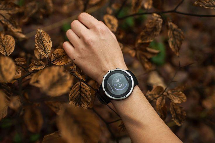 Zegarek #Suunto Spartan Ultra to zaawansowany zegarek GPS do wielu dyscyplin z kolorowym ekranem dotykowym, wodoszczelny do głębokości 100 m (300 stóp), z baterią wystarczającą na 26 godzin pracy w trybie treningowym. Dzięki kompasowi & pomiarowi wysokości z funkcją FusedAlti™ zawsze będziesz na dobrym kursie.