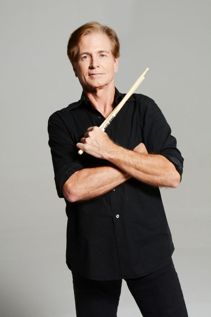 Drummer and founding member of MR. BIG, Pat Torpey, passed away Wednesday, February 7 at the age of 64 from complications of Parkinson's disease. Family, band and management request privacy at this very difficult time. Services are pending.  MR. BIG (Torpey, Eric Martin, Billy Sheehan, and Paul Gilbert) released theirninth original studio album,DEFYING GRAVITY, July 21.   MR. BIG, formed in 1988, produced