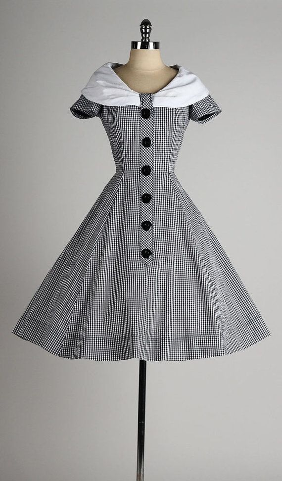 vintage 1950s dress . black gingham cotton . by millstreetvintage