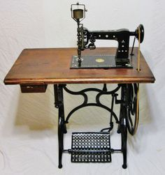 This very rare antique schirmer blau co. tambour chain stitch treadle embroidering machine made in berlin germany in 1910 is in working condition and in very respectable visual condition with mother of pearl inlay.there is so much to say about this machine and other history it will be hard not to turn this listing into a book but more info is better then not enough.
