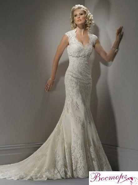 В наличии кружевное свадебное платье изысканного А-силуэта. Лиф с бретелями с линией декольте в форме «сердечка». Сзади – шнуровка, концы узкой ленточки ниспадают в шлейф, декорированный фестонами купонного кружева. Размеры 42-44, цвет белый и айвори. http://salon-vostorg.pp.ua/, http://vostorg.tk/