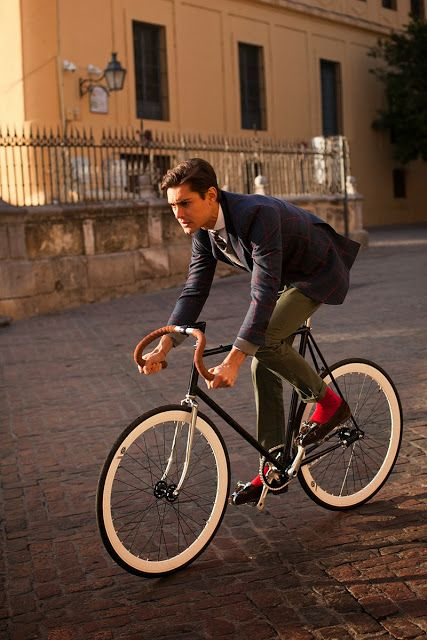#SILBONRULES Fixie Style. New Collection Spot #Cycling #Fashion