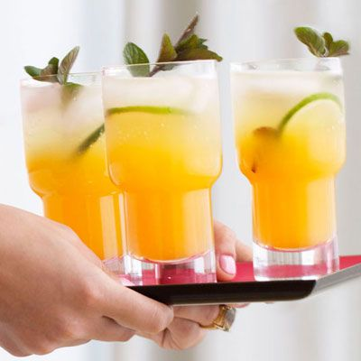 ONE OF THE TOP 5 DRINK PINS ON PINTEREST THIS WEEK!!!!! This Passion Fruit Mojitos Recipe - 2 parts Passion Fruit Mojito mix, 1	 part white rum, Ice, Club soda, Mint sprigs, Lime slices.