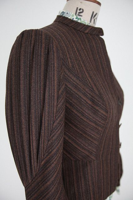 103 pleated sleeve jkt side | Flickr - Photo Sharing!