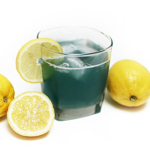 This lightened version of an Electric Blue Lemonade vodka cocktail has less than half the calories of the original and only 1 g of sugar.