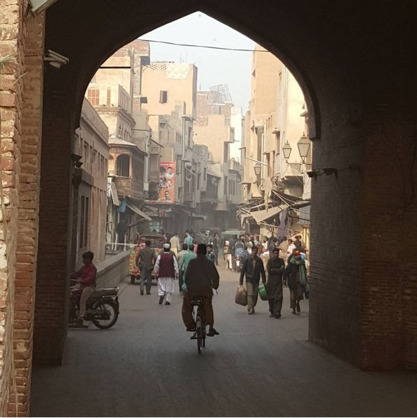 this is what life within the walled city of lahore is like on walled id=96459