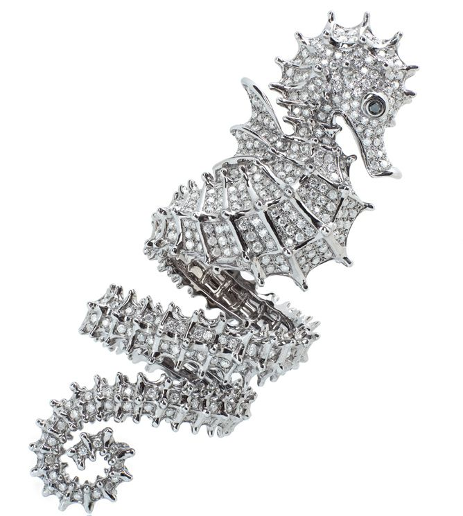Elise Dray White gold Hippocampe ring with diamonds