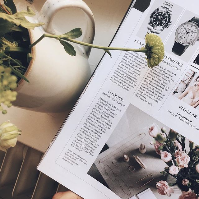 Coming home to this 🌿🌸 Flower delivery and a feature in the magazine of @eklundstockholmnewyork 😭💕It's a magazine made by Sweden's most high-end residental real estate agent and is delivered to everyone living in the inner parts of Stockholm - and its the most inspiring interior magazine I know! ✨ Thank you so much @sebbem 💕💕💕 Zoom in to read 😘    #howbigisthis! #mumbaistockholm #esny #eklundstockholmnewyork