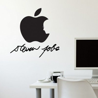 """Adesivo Murale - Steve Jobs.  Adesivo murale di alta qualità con pellicola opaca di facile installazione. Lo sticker si può applicare su qualsiasi superficie liscia: muro, vetro, legno e plastica.  L'adesivo murale """"Steve Jobs"""" è ideale per decorare il soggiorno e l'ufficio. Adesivi Murali."""