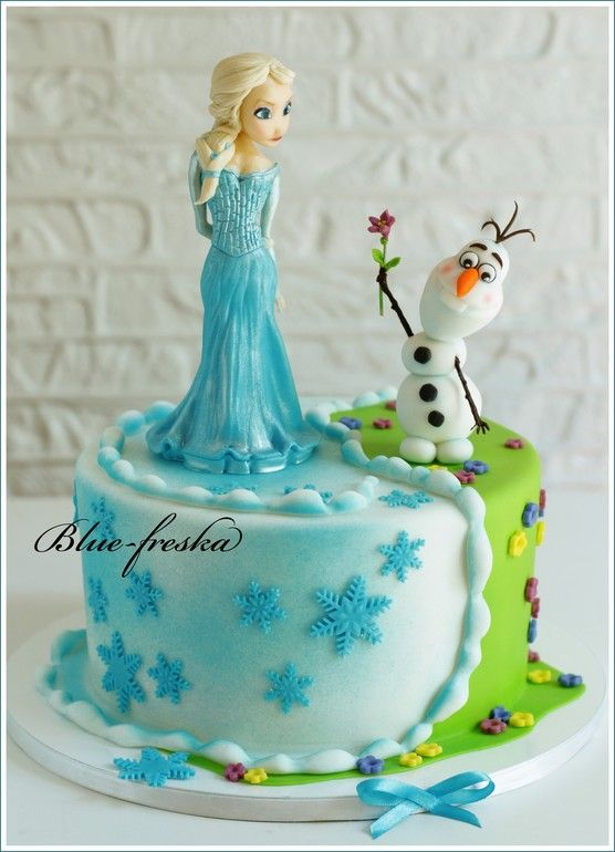 Frozen cake, Elsa and Olaf