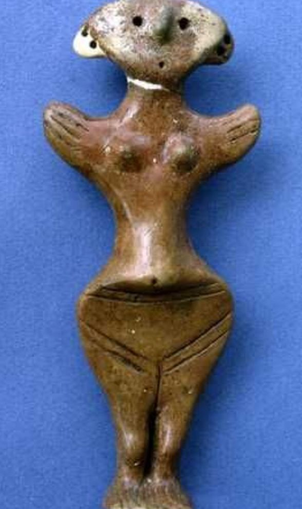 STAR GATES: Ikiztepe. A FLYING WOMAN???? WITH THE WINGS??? Early Bronze Age III, fast quarter of 3rd mill. B.C. Baked clay Samsun Museum. A WING PERSON??? WHAT IS THE MESSAGE THAT THEY LEFT HERE FOR THE FUTURE GENERATIONS ON PLANET EARTH??? WHAT DO YOU SEE?? WHAT DO YOU THINK??  WHAT DO WE KNOW??