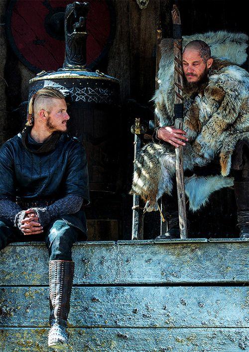 Vikings History Ragnar Lothbrok & Björn Ironside in Vikings: Season 4