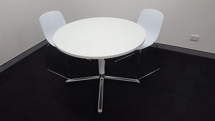BARCELONA meeting table (DuPont office fit-out by Burgtec)
