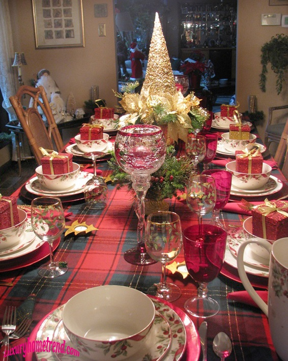 Best Christmas Decoration Ideas Images On Pinterest A Holiday - Christmas tartan table decoration