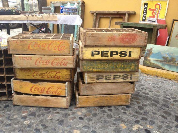 La cajas de cocacola que todo ten amos en casa monterrey for Sillas para iglesias en monterrey