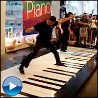 The COOLEST Piano Duet You'll Ever See - on a Giant Piano!