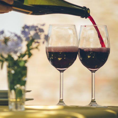LAMBRUSCO GRASPAROSSA DI CASTELVETRO DOP - Una briosa eccellenza delle nostre colline! Prenota la visita & degustazione presso una cantina!