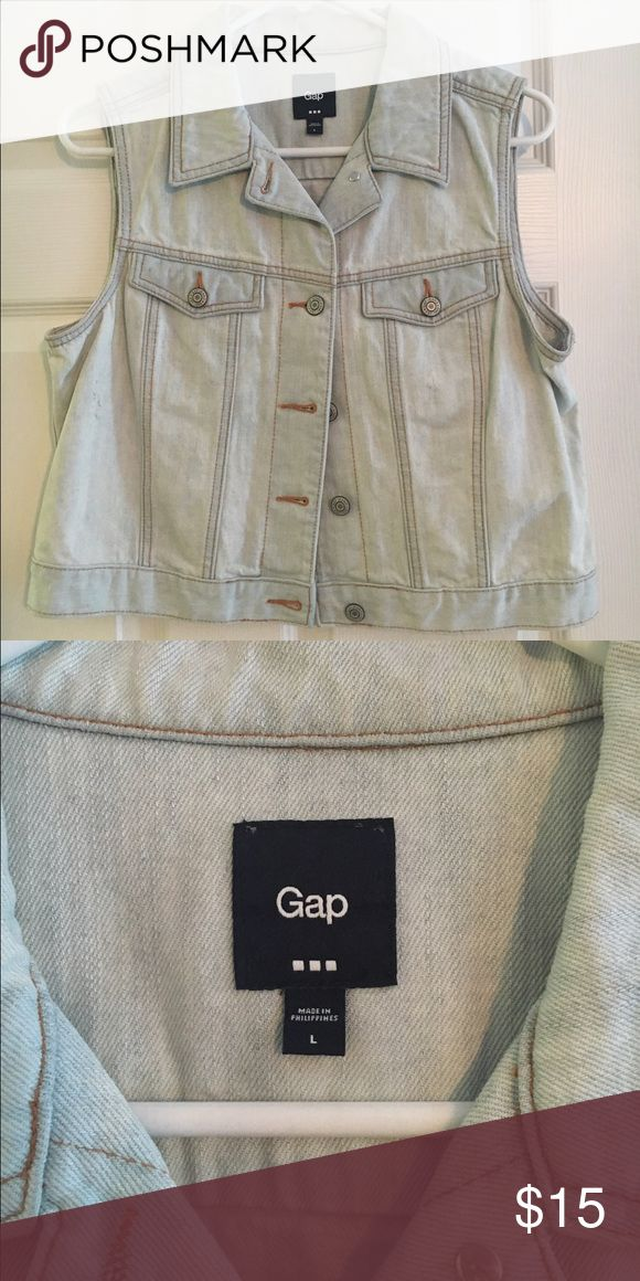 GAP Outlet Denim Vest (NWOT) GAP Outlet Denim Vest (NWOT) Size Large. GAP Jackets & Coats Vests