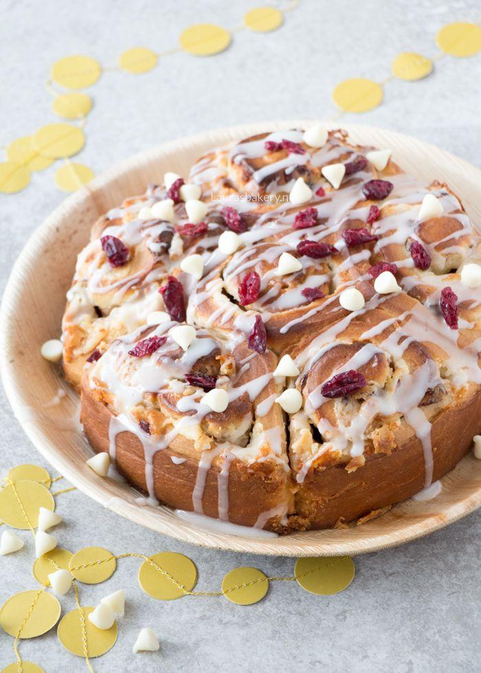 Kerstmis cinnamon rolls met cream cheese - Laura's Bakery
