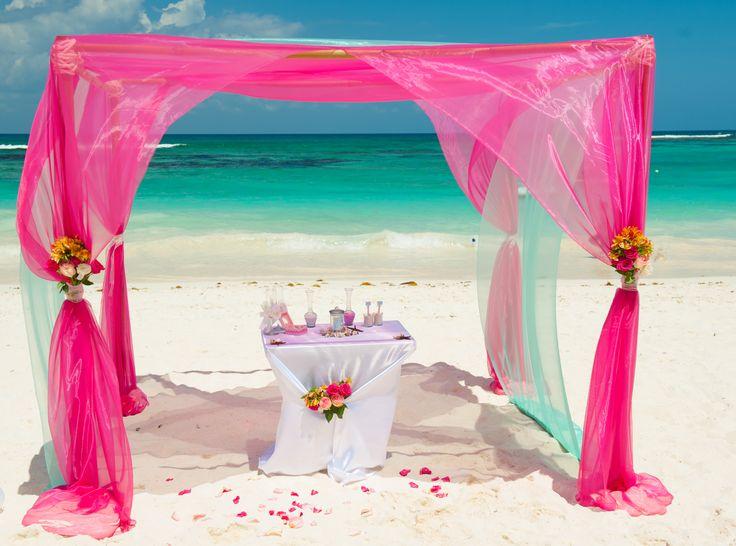 Свадебная арка, свадебная арка оформление, украшение свадебной арки, свадебная церемония на пляже.