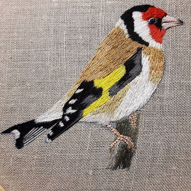 #embroidery #handembroidery #ricamo #broidery #вышивка #needlepainting #haft #haftcieniowany #haftręczny #fashion #art #embellishment #birds #ornithology #goldfinch #ptaki #szczygieł