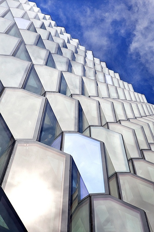 Harpa Concert Hall and Conference Center in Reykjavik, Iceland_Henning Larsen Architects and Olafur Eliasson