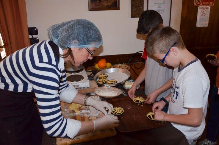 #Tourism #EducationalTourism #Workshop in #Puglia: Children making tarts
