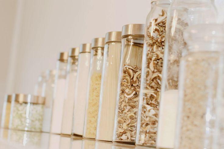Iby Lippold Haushaltstipps : Motten in der Küche - Iby Lippold Household Tips: Moths in the Kitchen