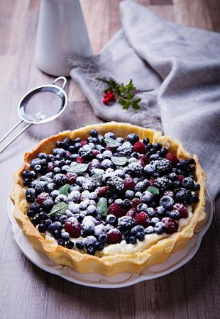 tart with berries by K&W  Cyganek