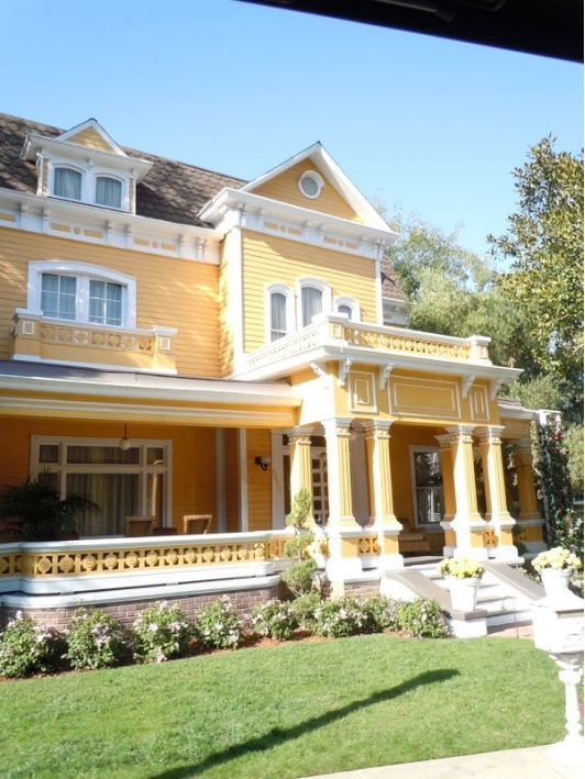 Desperate Housewives - Gabrielle and Carlos Home