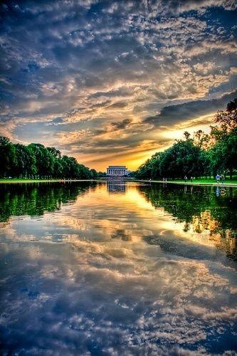Sunset at Lincoln Memorial, Washington