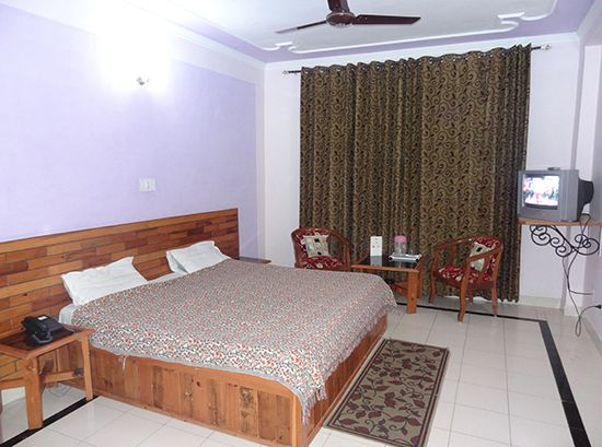 Hotel Vatika is a famous name in the list of Manali Dharamshala luxury hotels and resorts. It gives all basic facilities to make the stay enjoyable and comfortable.  Room services is also available on request of guest.