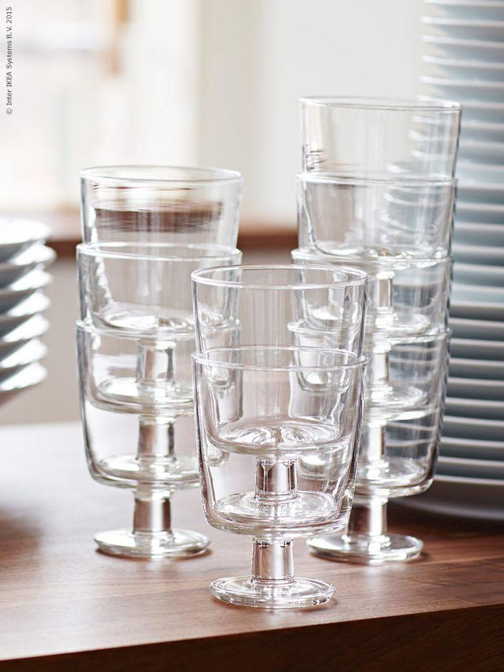 För att möta människors behov i vardagslivet har vi tagit fram en ny kollektion som kommer till varuhusen i april.  IKEA 365+ vinglas 30cl är stapelbara vilket spar plats i köksskåpen.