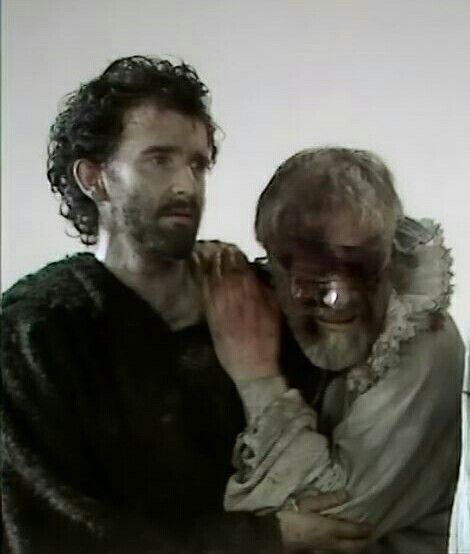 Anton Lesser and Norman Rodway as Edgar and Gloucester
