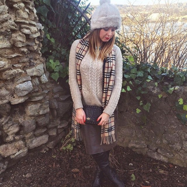 #England #Rochester wearing #Burberry Scarf and #Valentino bag
