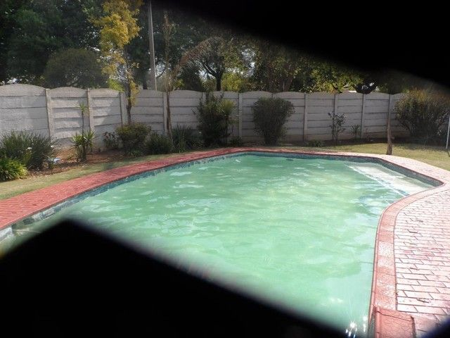 3 Bedroom House For Sale in Northmead | Century21