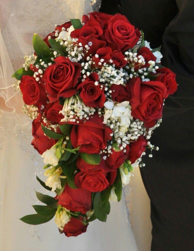 De roses rouges bouquet fleurs for Bouquet de fleurs 7 lettres