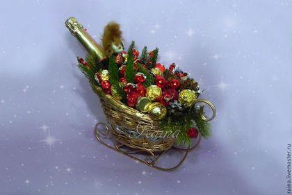 Букеты ручной работы. Ярмарка Мастеров - ручная работа Букет из конфет Новогодний в санях, подарок на новый год.. Handmade.