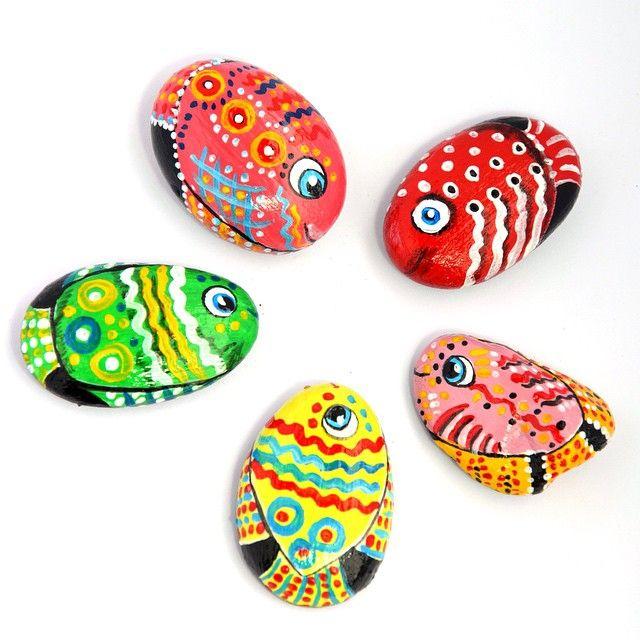 Мне предложили поучаствовать в выставке с рыбной тематикой. Я столько рыб никогда не рисовала. Готовьтесь...скоро рыбный спам! #арт #сувенир #камень #цвет #творчество #рисование #росписькамней #море #лето #рукоделие #дизайн #handmade #подарок #summer #art #drawing #draw #picture #artist #artsy #instaart #beautiful #beautiful_stones #gallery #creative #photooftheday #rockpainting #stonepainting #своимируками