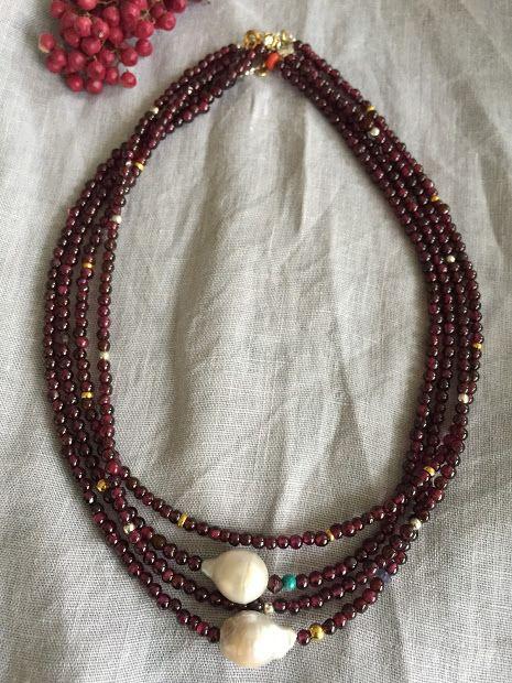 Garnet Necklaces with baroque pearls