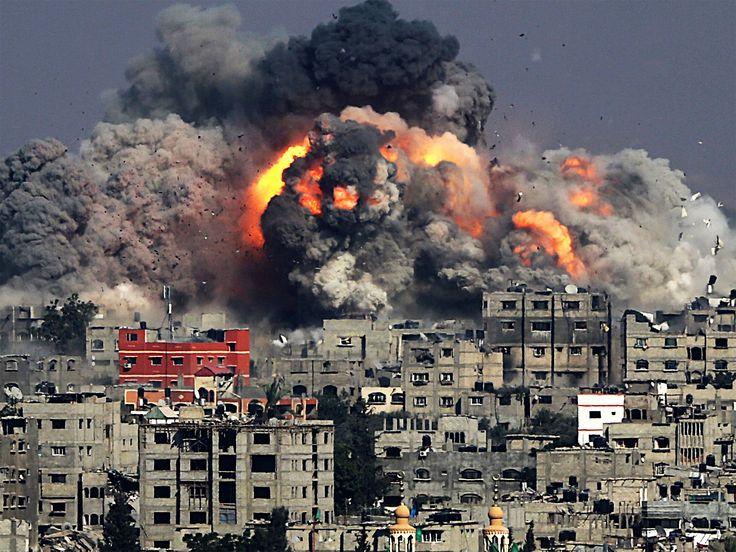 """""""Noi qui a Gaza"""" - mi disse Rami - """"abbiamo ancora speranze per il futuro. Io voglio continuare ad insegnare ai miei alunni perché nonostante la guerra la vita non si deve fermare"""""""