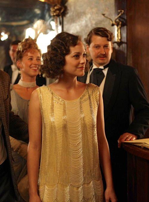 Diseño de vestuario de Midnight in Paris. Looks de invitada inspirados en los años 20. Woody Allen.