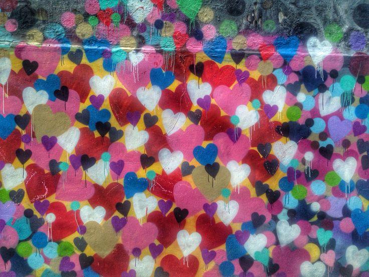 ❤️ #Love is the message! #nyc #nycstreetart #graffiti #hearts