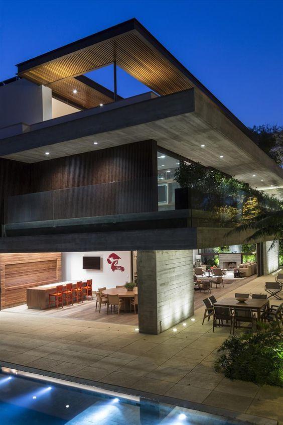 Galeria da Arquitetura | Residência MO - O projeto luminotécnico é de autoria do escritório Foco Luz e Desenho: