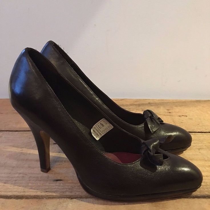 UK 4 WOMENS FRENCH CONNECTION DARK BROWN COURT SHOES BOW DETAIL VINTAGE LOOK #FrenchConnection #CourtShoes #SmartDressy
