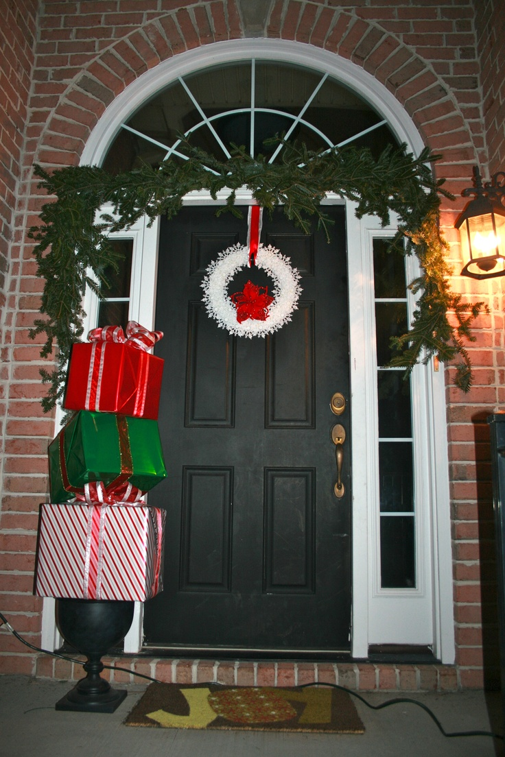 29 best christmas front door decorating ideas images on pinterest 29 best christmas front door decorating ideas images on pinterest christmas front doors christmas ideas and christmas door decorations