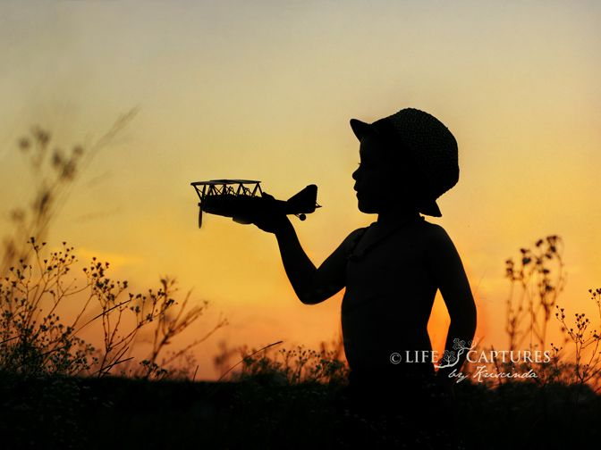 Great silhouette image!  Love good boy photography!