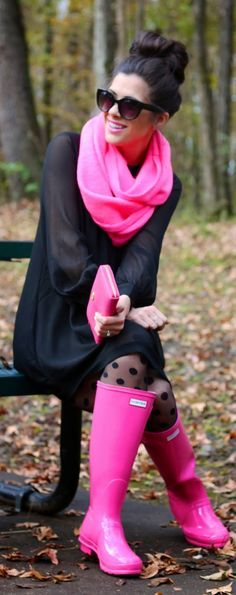 how to wear pink hunter boots